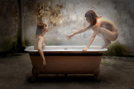 Wim Moortgat Twins in bath